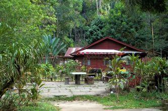 Nusa Holiday Village