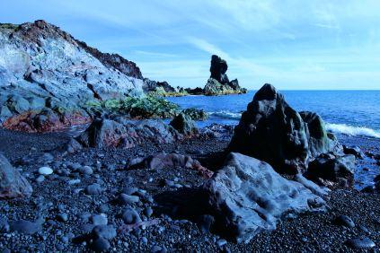 Czarna plaża Djúpalónssandur