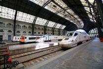 •Stacja Kolejowa Francuska