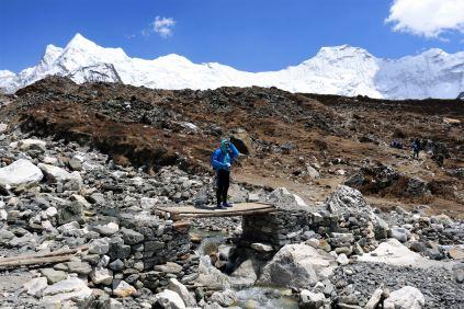 szlak w kierunku Island Peak