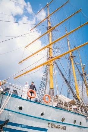 foto prewedding di kapal KRI Dewaruci