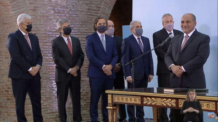 Alberto Fernández tomó en juramento de Juan Manzur y los nuevos ministros    Perfil