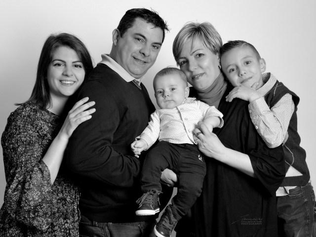 Atzeni Famiglia