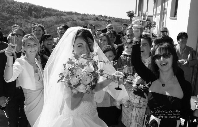 Il giorno del matrimonio saranno mille emozioni. L'addio al nubilato è tutta un'altra cosa... #fotografodimatrimonio #lacrime #fotografie&lacrime