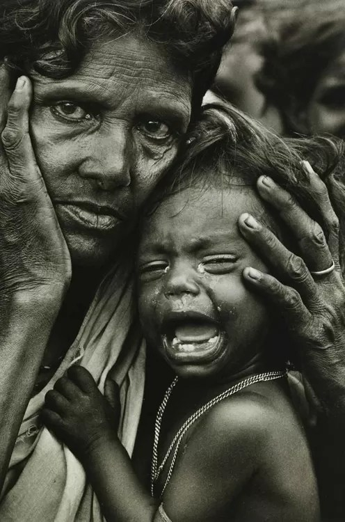 Mother and weeping child Bangladesh (1972)
