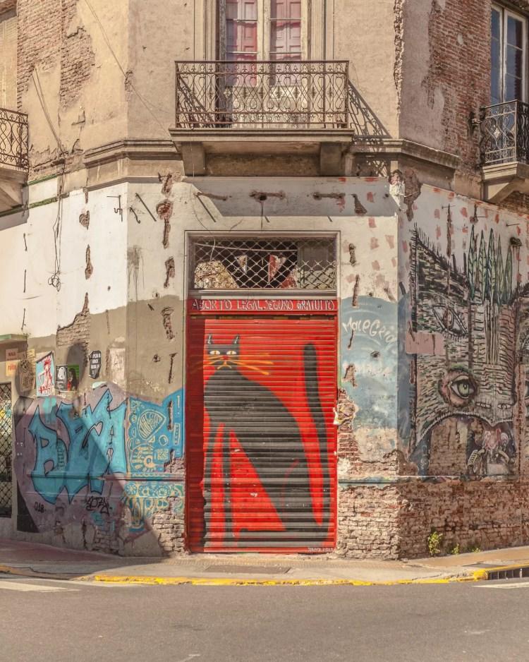 Esquina de Humberto Primo y Bolivar. Barrio de San Telmo