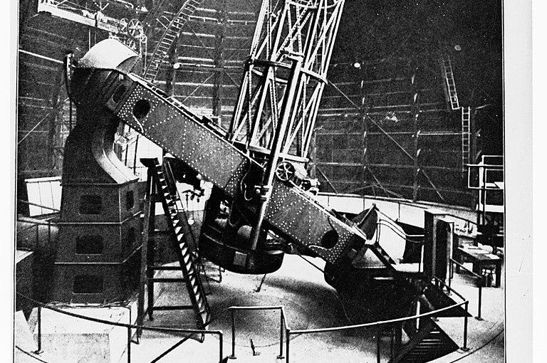 """Katadioptrische Foto-Objektive und ihre """"Vorfahren"""", die Spiegelteleskope – Teil I"""