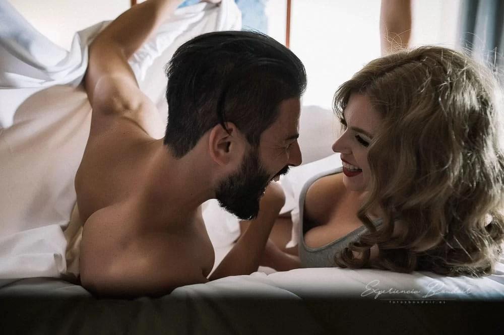 sesión fotos de pareja Boudoir - Book fotos sensual y elegante de pareja (18)