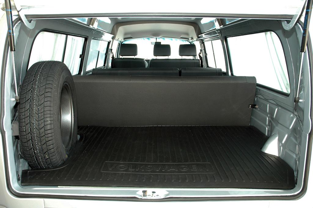 Volkswagen Kombi 16 Srie Prata 2005
