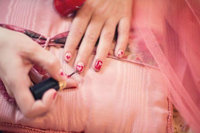 Pflege,Nägel,Nagelpflege,Gesundheit,Schönheit,Körperpflege