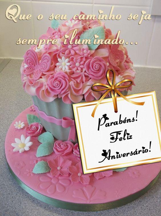 Aniversário, dia de desejar felicidades a quem ama.