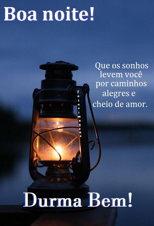 Noite iluminada de amor e paz