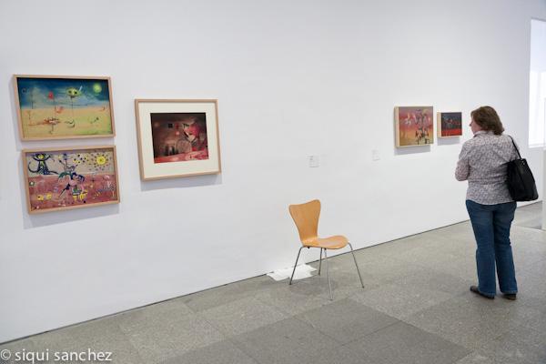 museo-reina-sofia-madrid-arte-moderno-exposicion-silla