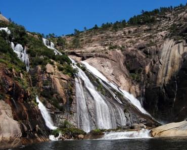 Cascada de Ézaro, uno de los lugares más impresionantes de España