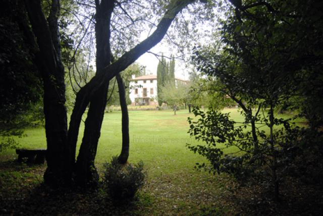 Casona de San Pantaleon de Aras