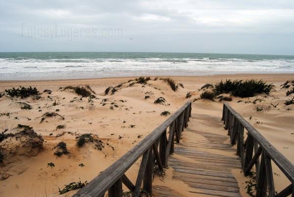 Acceso del hotel a la playa