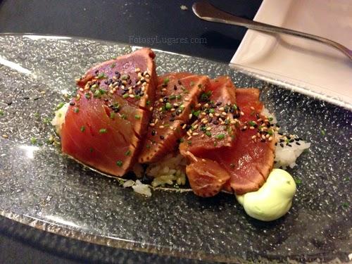 Atún rojo marinado con arroz sushi