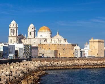 Hacer turismo en Cádiz. Lugares que debes visitar y no perderte