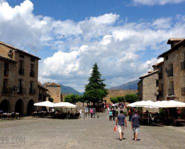Aínsa, precioso pueblo medieval que os recomendamos visitar