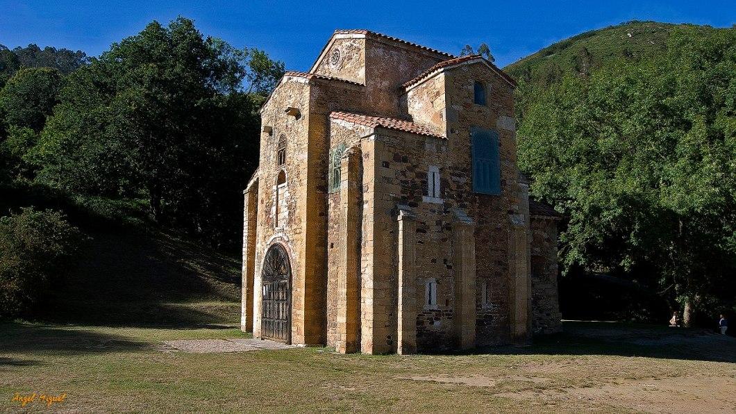 San Miguel de Lillo vista