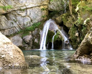 Ruta a la cascada de Belabarce en Isaba (Navarra)