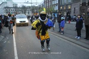 Skatepiet Hans bij de Intoch van Sinterklaas in Den Haag