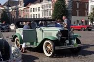 6488 Oldtimers verzameling op de Markt in Oudenaarde