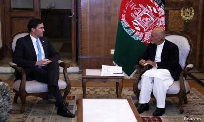 Afghanistan's President Ashraf Ghani meets with U.S. Defense Secretary Mark Esper in Kabul, Afghanistan, Oct. 20, 2019. (Afghan Presidential Palace/Handout)