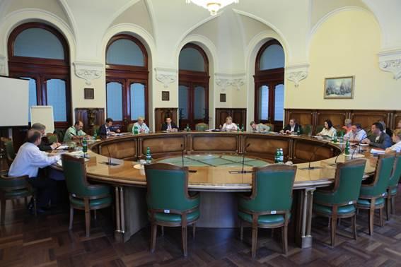 Національний Банк України дуже хоче позбутися чорного валютного ринку