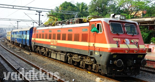 Photo of WAP4 22787 electric locomotive