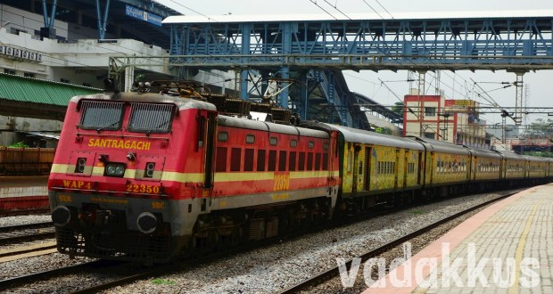 Picture of Bangalore Yeshwantpur - Howrah Duronto Express Train