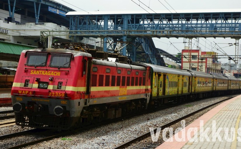 "WAP4 22350 Heads the Howrah ""Shiny Windows"" Duronto!"