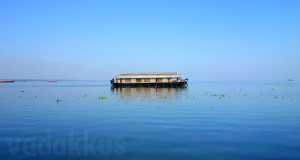 Beautiful Picture of a Houseboat on the Kerala Backwaters