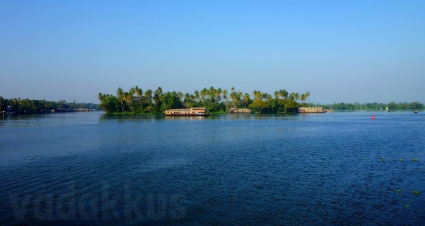 Photo of Beautiful Kerala Backwaters near Alleppy