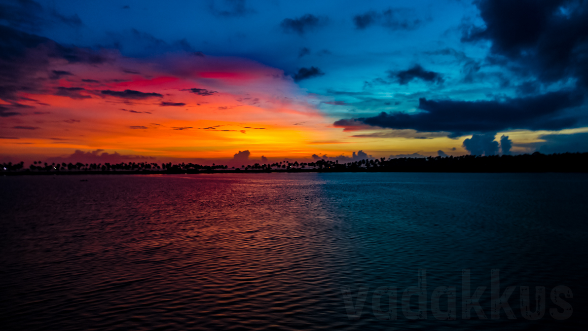 A Stunning Red-and-Blue Kerala Backwater Sunset!