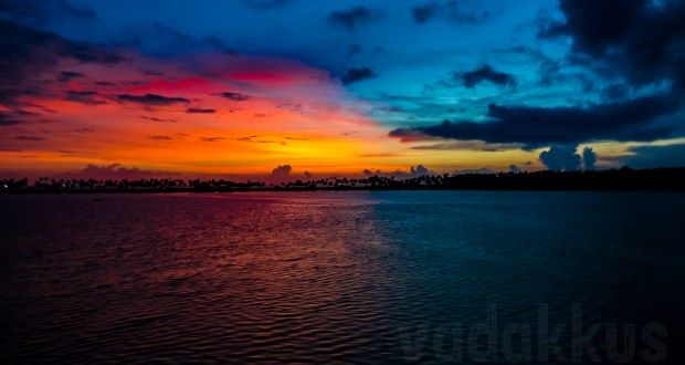 Red Blue Breathtaking Sunset Kollam Killimukkam Edava Nadayara Lake