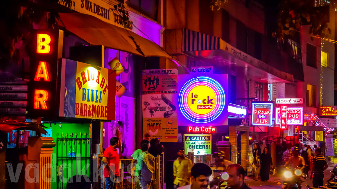 Classic Bangalore! Neon Signs for Pubs on Resthouse Road