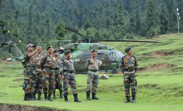 जम्मू और कश्मीर के राजौरी में पाकिस्तान द्वारा गोलीबारी में शाहिद हुए एक मेजर ओर तीन सैनिक