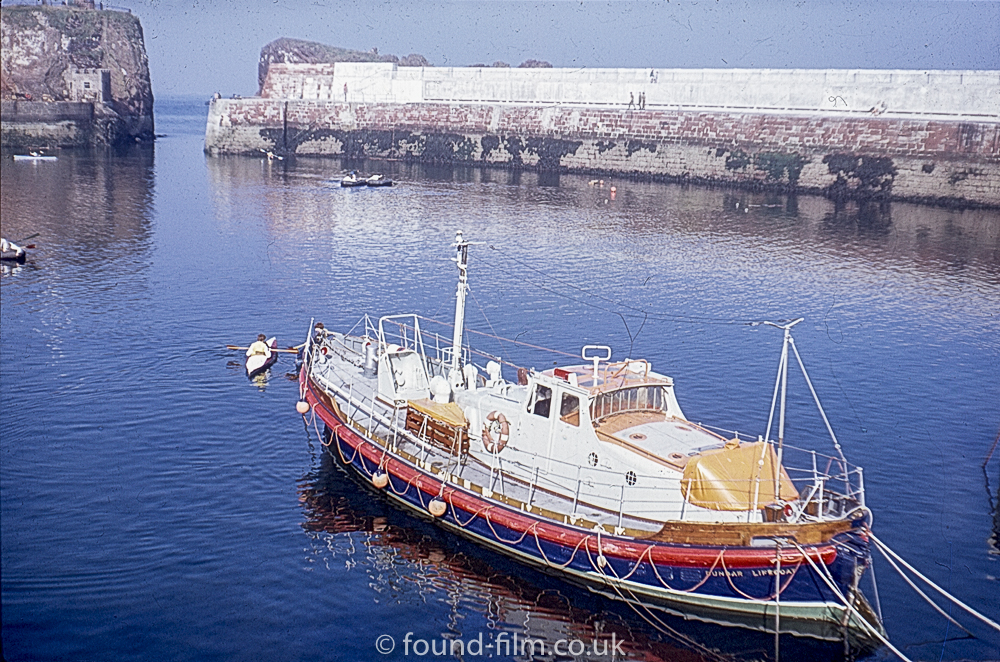 Views of Dunbar - another view of the lifeboat
