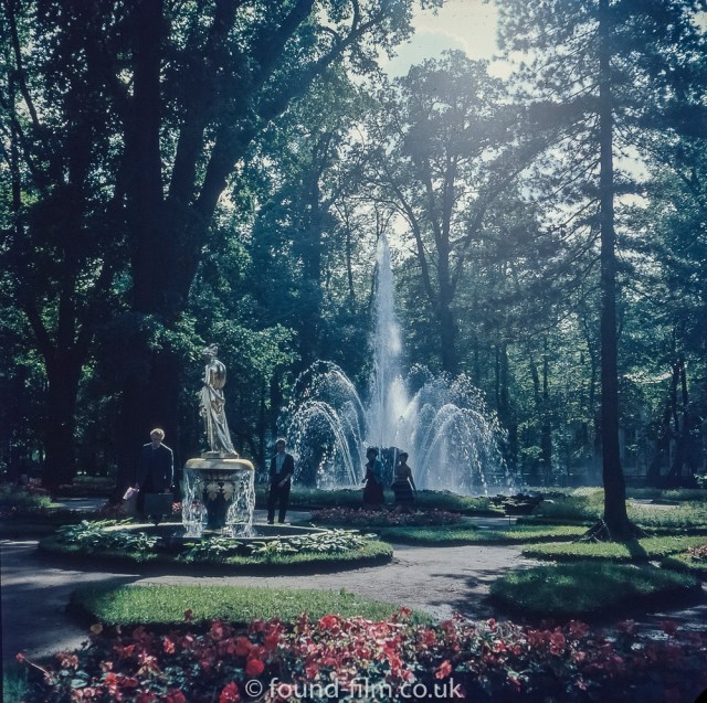Images from Soviet era Leningrad - Gardens at the Peterhof fountains