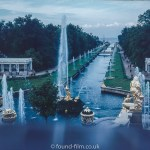 Images from Soviet era Leningrad - The fountains of Peterhof