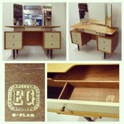 G-Plan Vanity in Oak