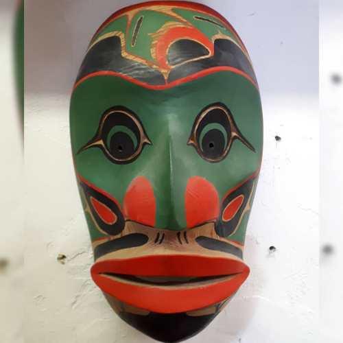 West Coast Cedar Mask