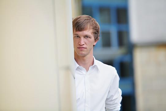 Johannes Bittner, Geschäftsführer von washabich.de, Medizinstudent und Sozialunternehmer in Dresden. Er denkt unternehmerisch und handelt kreativ. Inspiriert wird er von den Menschen in seinem Umfeld.