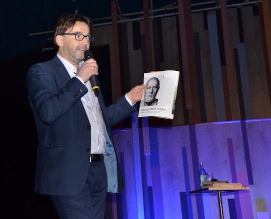 """Unter dem Titel """"Mein größter Fehler"""" hat Nikolaus Förster dem Scheitern in seinem Magazin Impulse eine eigene Rubrik gewidmet. Foto: Stephan Hönigschmid"""