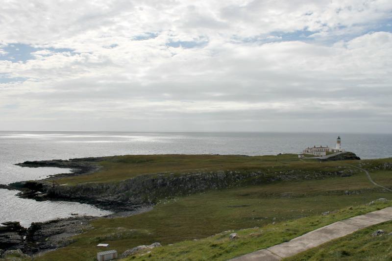 Neist Point Lighthouse_Scotland_12