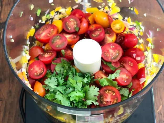 EASY FERMENTED (or FRESH) GARDEN SALSA-Healthy, flavorful salsa can be gut-healthy, too! You may also enjoy this salsa fresh, but it only takes 2 days for the probiotics to develop.