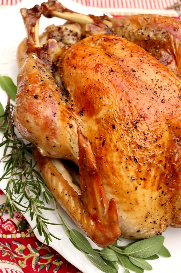 HOW TO ROAST THE PERFECT TURKEY - Step-by-step instructions guarantee aperfectly seasoned turkey with crisp skin and white meat that's just as juicy as the dark meat. If you already have a tried-and-true recipe, you may simply like to incorporate the easy dry rub or the night-before tip for crisper skin!