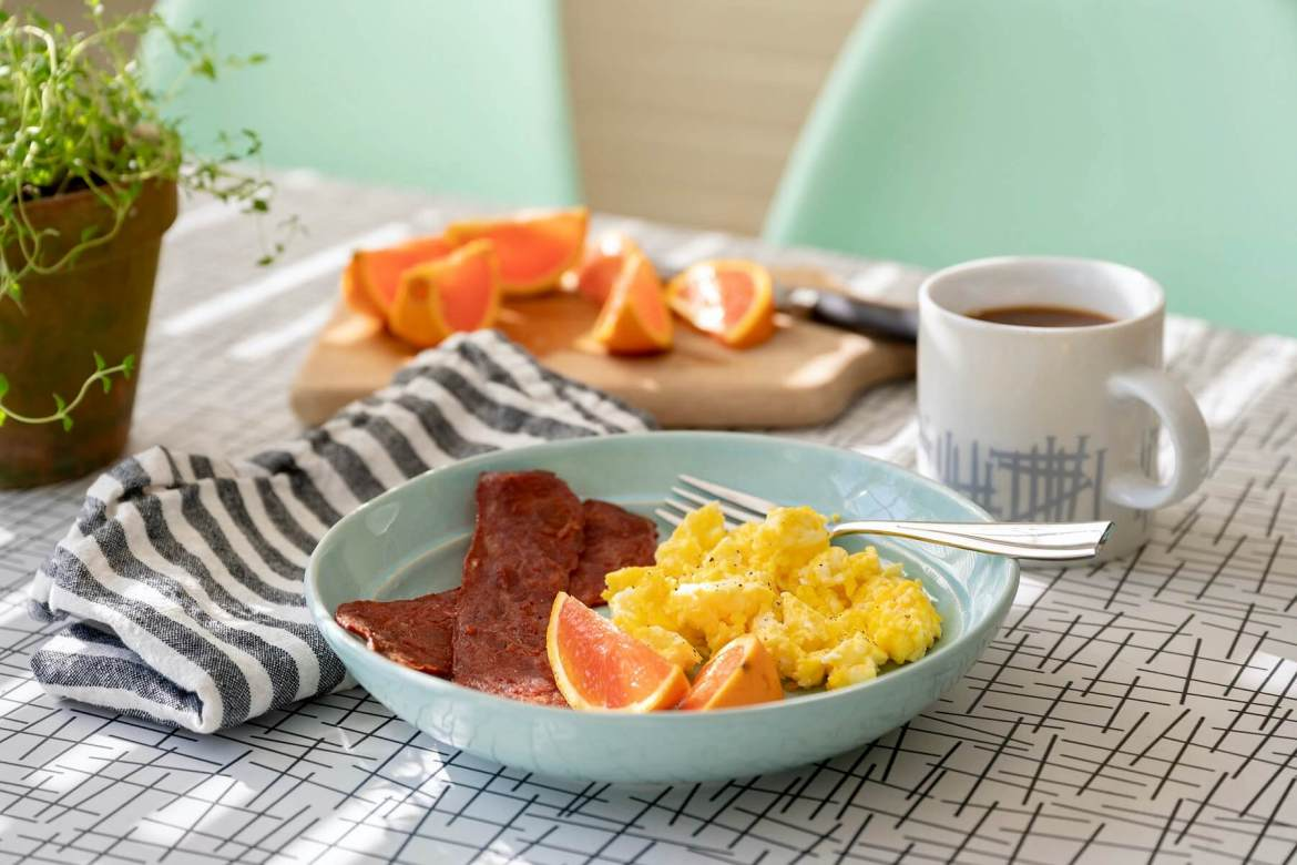What's the first thing you eat in the morning? Does breakfast matter? Emily answers a reader question and the answer may not be as clear-cut as you think.