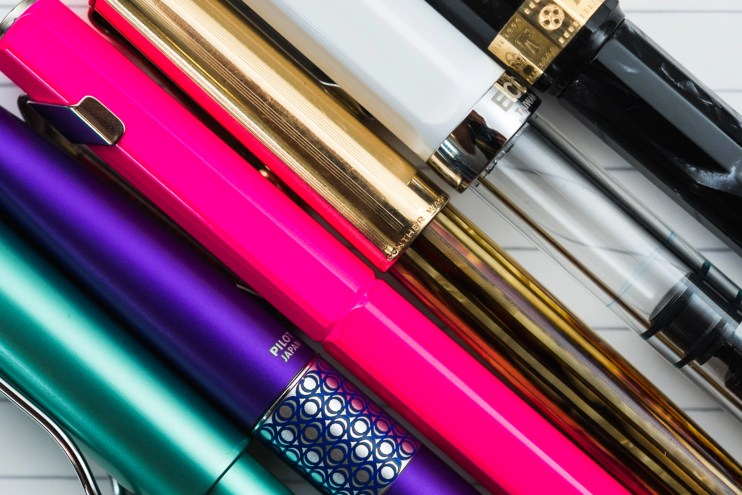 choosing a fountain pen nib for beginners colorful pens